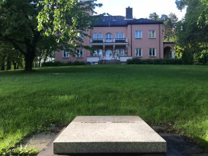 Fridtjof Nansen grave and mansion in Polhøgda